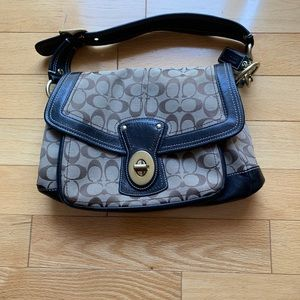Coach legacy striped Ali signature shoulder bag